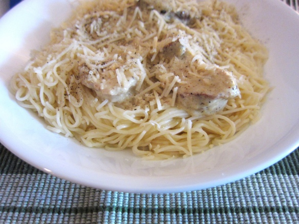 Lemon Garic Pasta with Grilled Chicken